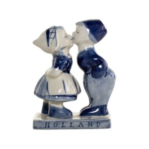 Delft porcelain figurine (hand painted)