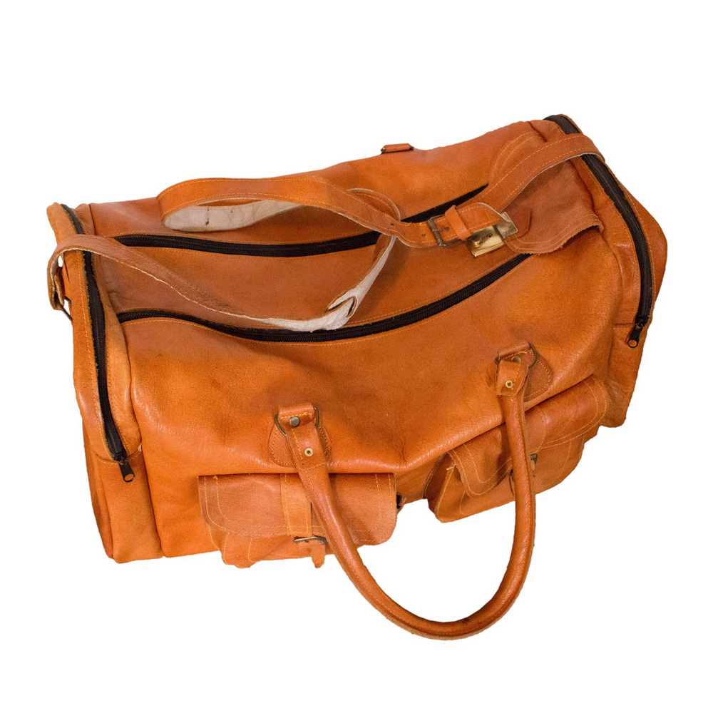 Brown leather travel (duffle) bag