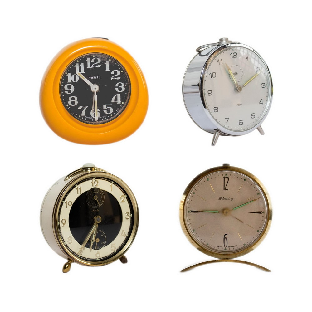 Lot of 4 vintage table clocks (Blessing, Mauthe, Prim & Ruhla)