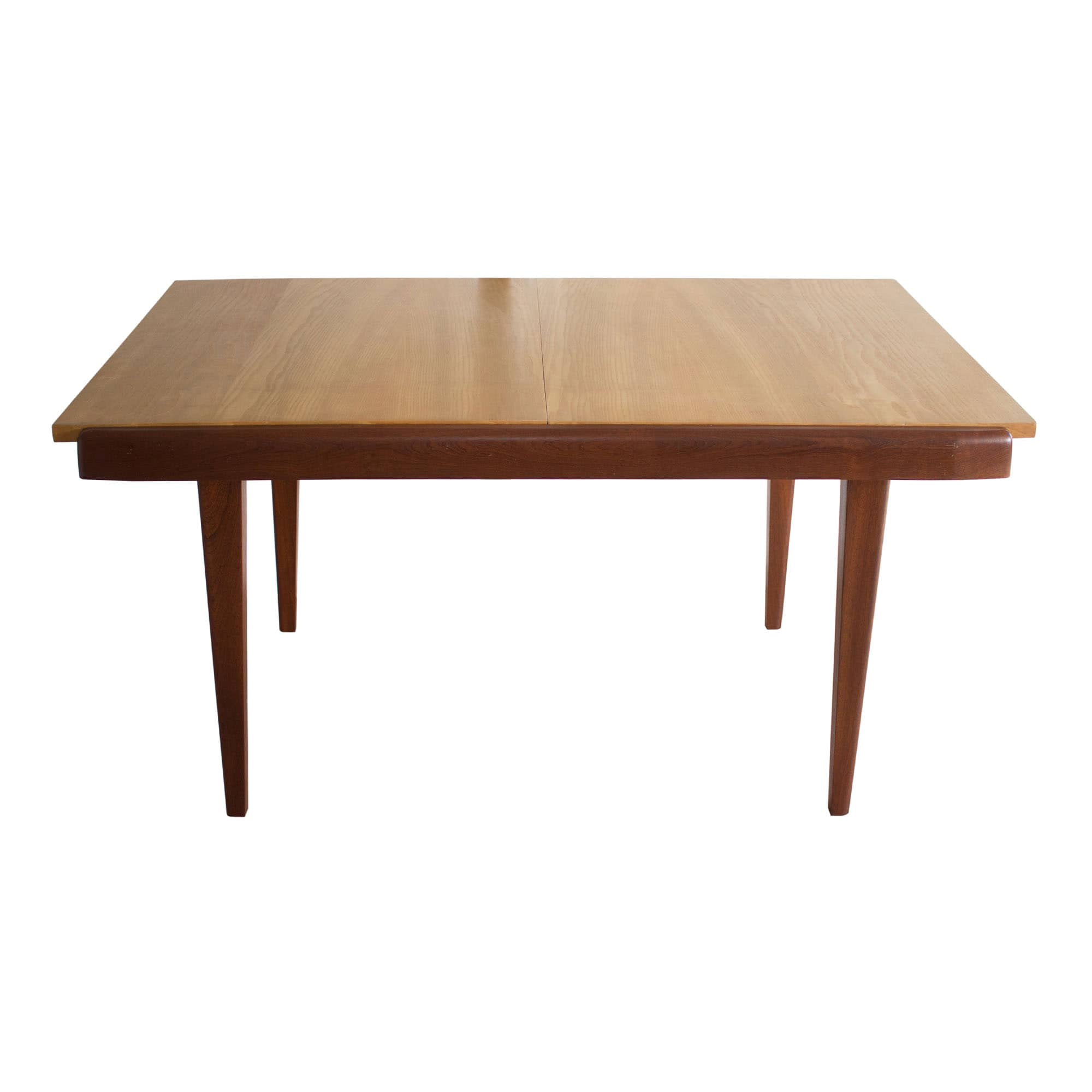 Extendable dining table made in France in the 1960s