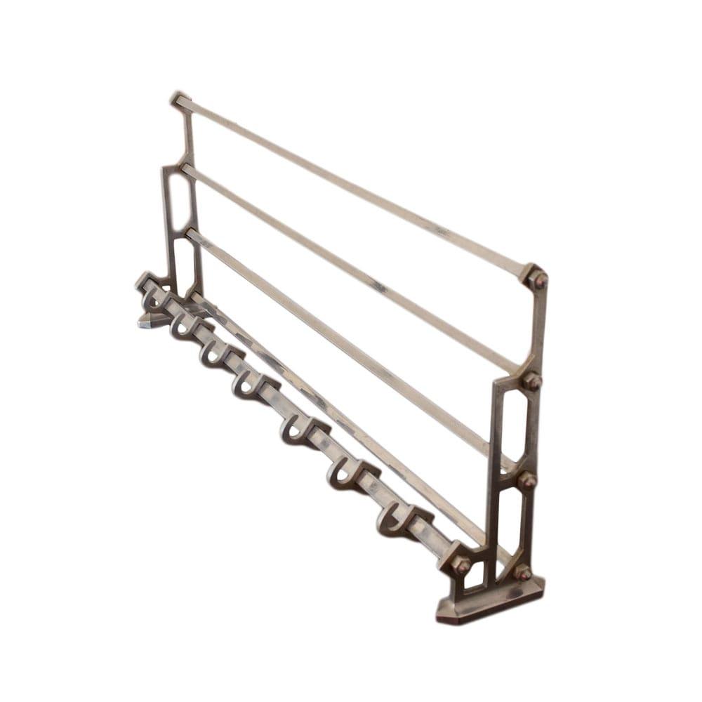 Wall coat rack made of metal
