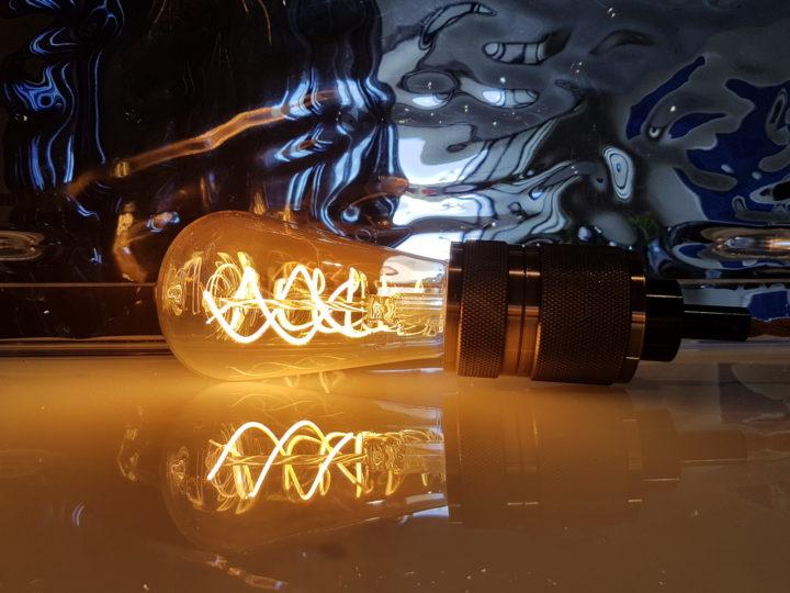 Power plugs, outlets & lightbulb sockets. A short guide