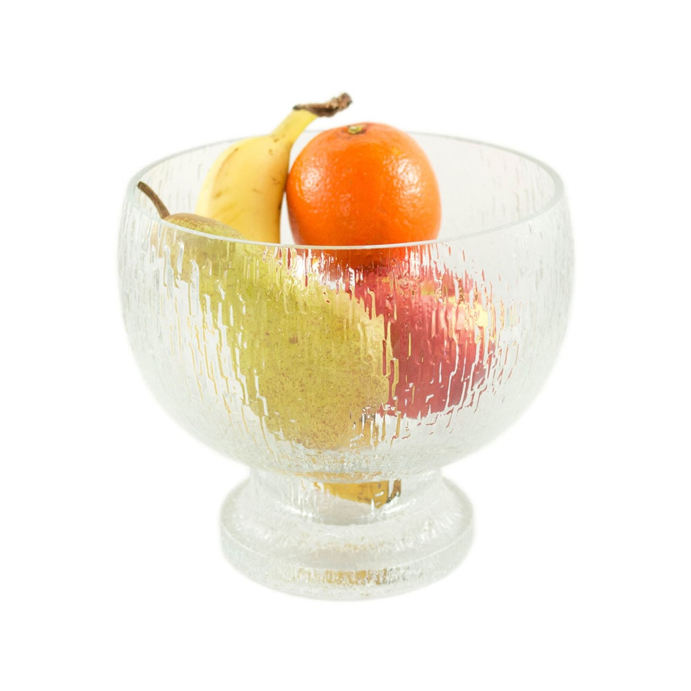 Kekkerit bowl, designed by Timo Sarpaneva for Iittala